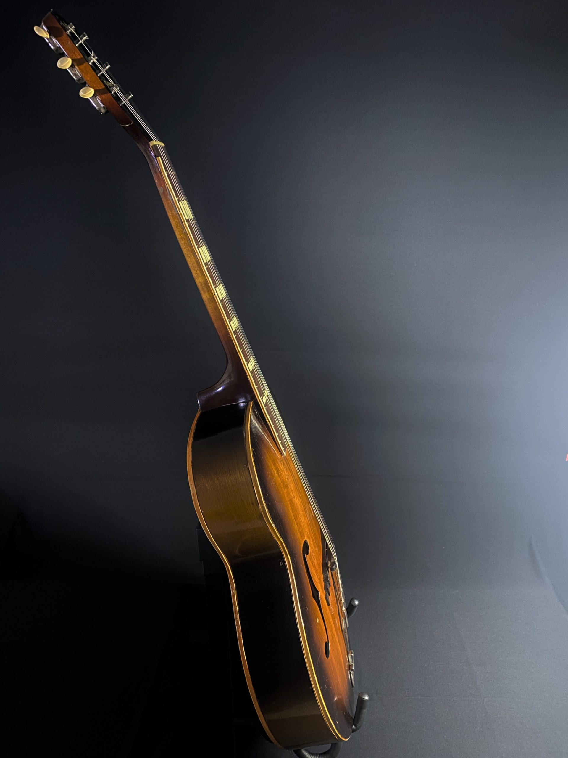 1952 Gretsch Synchromatic Archtop Vintage Guitar 01