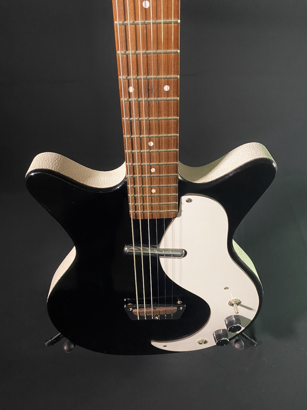 1959 Danelectro Shorthorn Vintage Guitar 03