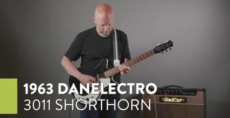 Demo of a 1963 Danelectro 3011 Shorthorn